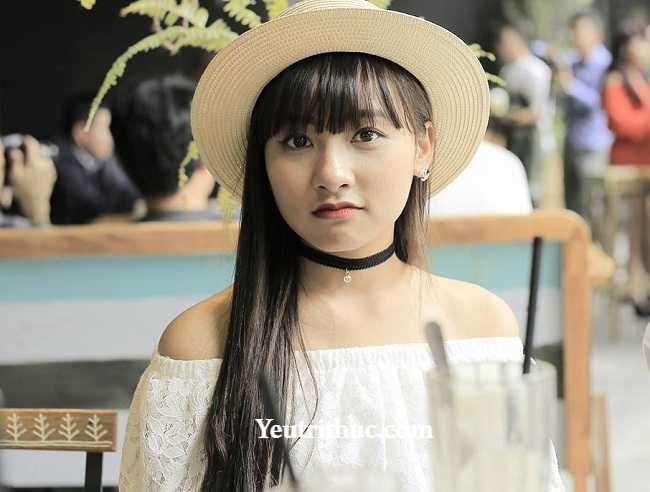 Hotgirl Hà Pansy – nữ bảo vệ siêu thị Lotte Hà Nội gây sốt vì bị chụp lén 2