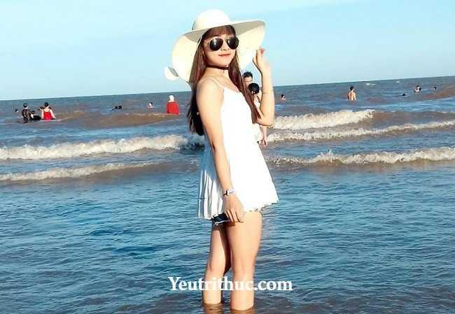 Hotgirl Hà Pansy – nữ bảo vệ siêu thị Lotte Hà Nội gây sốt vì bị chụp lén 7