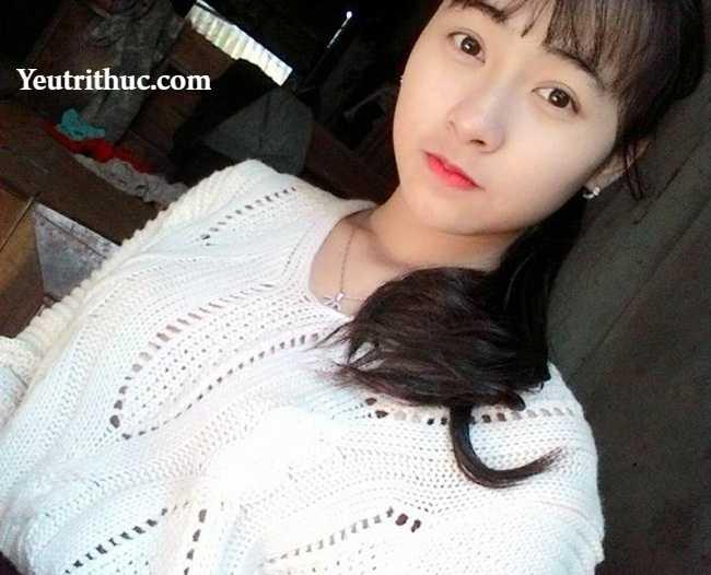 Hotgirl Hà Pansy – nữ bảo vệ siêu thị Lotte Hà Nội gây sốt vì bị chụp lén 8