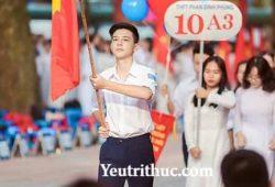Info và Facebook Nam sinh cầm cờ 10A3 THPT Phan Đình Phùng 2