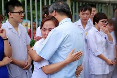 Giáo sư Nguyễn Anh Trí là ai mà khi nghỉ hưu mọi người khóc chia tay 3