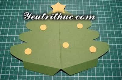 Cách làm thiệp Giáng sinh hình Cây thông Noel 3D ý nghĩa 5