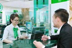 Phí làm và sử dụng Vietcombank Cashback Plus American Express