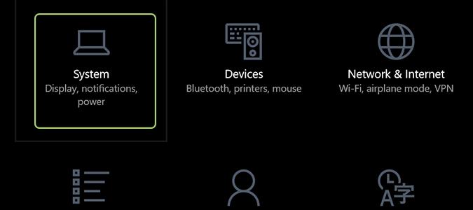 Cách kích hoạt tính năng Night Light trên Windows 10 3