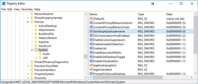 Cách ẩn tên và địa chỉ email trên màn hình login Windows 10 9