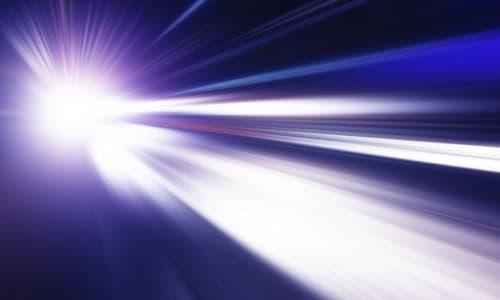 1 năm ánh sáng bằng bao nhiêu km, mét, dặm và đi mất bao lâu